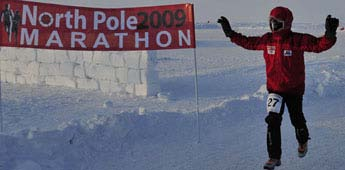 Running-For-Scholarships-at-the-North-Pole4